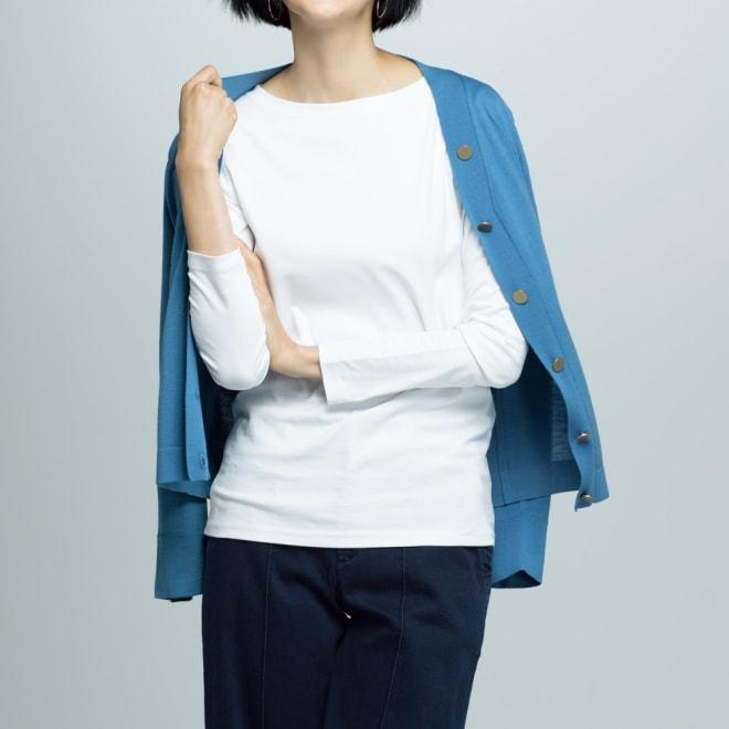 スビン綿スムース ボートネック Tシャツ (ア)ホワイト コーディネート例