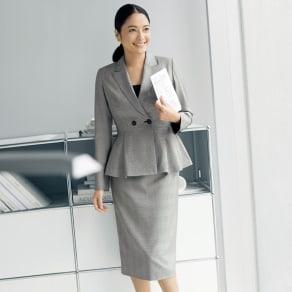 「NIKKE」 マフシルク グレンチェック スーツセット(ジャケット+スカート) 写真