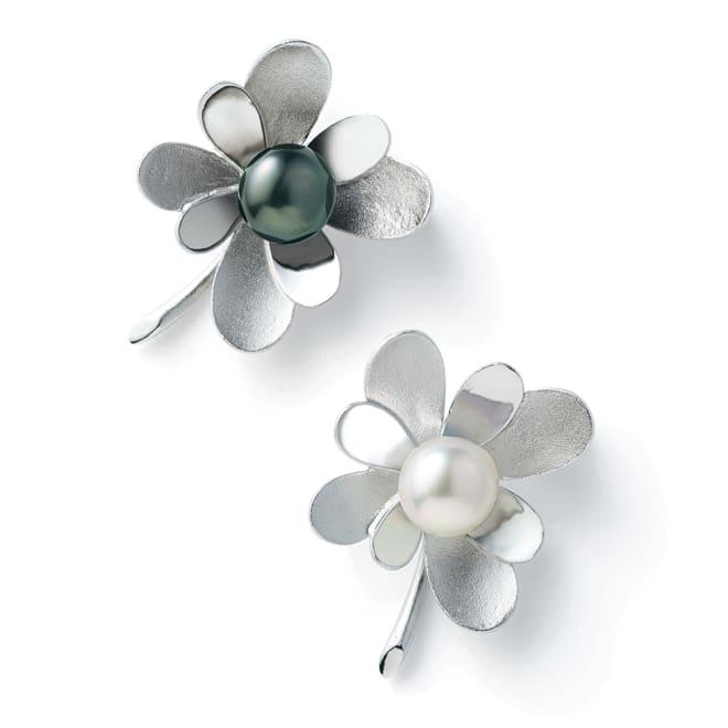 SV 11mm南洋真珠 ブローチ 上から (イ)黒蝶真珠 (ア)白蝶真珠