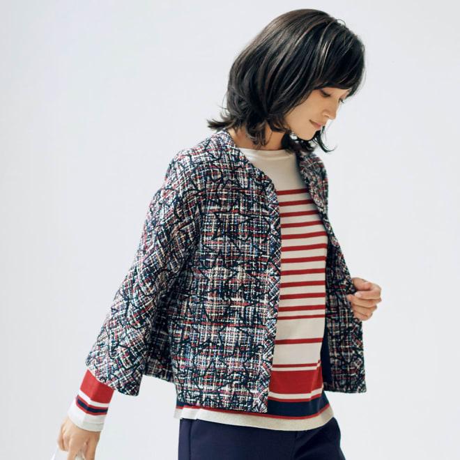 イタリア素材 スター刺繍入り ツイードジャケット 着用例