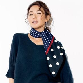 ドットプリント シルクツイル スカーフ 写真