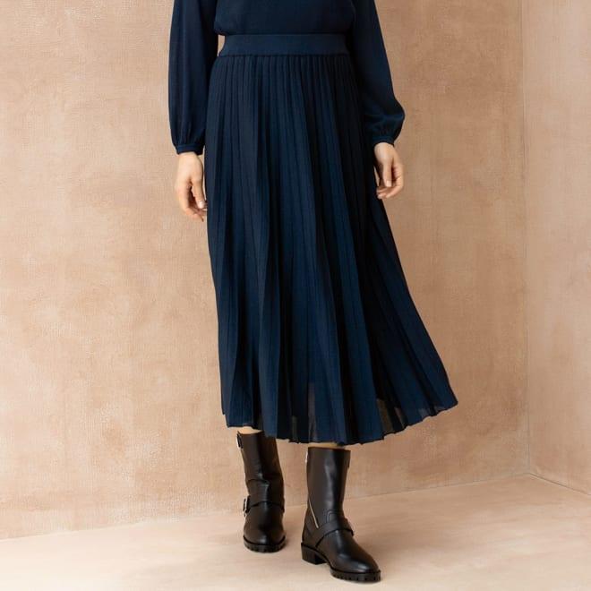 編み地切り替え ニット プリーツ風スカート 着用例