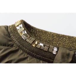 ビジュー刺繍&ラメニット使い ライトダウン ブルゾン ビジュー&ラメニット部分