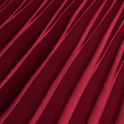 サテン素材 変形プリーツ スカート (ア)レッド 生地アップ
