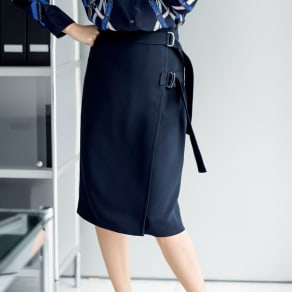 トリアセテート混 ベルトデザイン ラップ風 スカート 写真