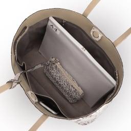 ダイヤモンドパイソン トートバッグ(ポーチ付き) A4横サイズ収納可/ 138mm×67mmスマートフォン 内ポケット収納可