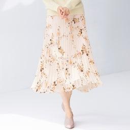 フラワーオパールプリント プリーツスカート 着用例