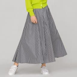イタリア素材 ギンガムチェック タフタ タック使い スカート 着用例