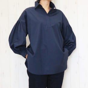 スペイン素材 オーガニックコットン ボリュームスリーブ スキッパーシャツ 写真