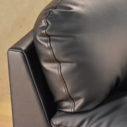 シンプルモダンソファ 3人掛け (イ)ブラック 高級感のある凛とした佇まい。