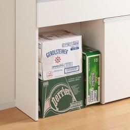 人工大理石天板 薄型オープンハイカウンター 幅100cm 水やお米など重いものを持ち上げずに床置きできるオープン部。お手持ちのごみ箱の指定席にもおすすめ。