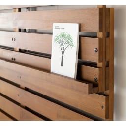 パイン天然木突っ張り式 デコレーション壁面ラック 幅60cm 上部固定棚には落下を防ぐストッパー付き。フォトフレームや書籍など薄い物のディスプレイに…