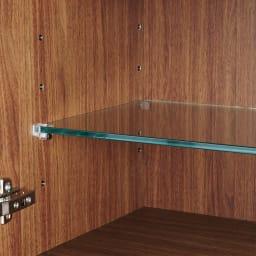 光沢が美しい 北欧風ナチュラルモダン リビング収納シリーズ  サイドボード ガラス棚板は6cm間隔で棚板を調節できます。