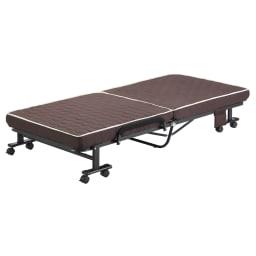 組立不要 高反発マットレスワンタッチ折りたたみベッド ベッドの状態。