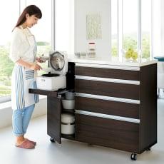 キッチンの間仕切りにも!家電が使いやすい腰高キッチンカウンター 幅120cm [パモウナ WH-120W]