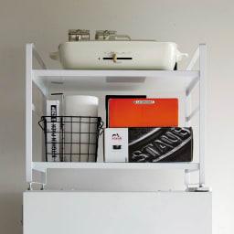 冷蔵庫上ラック (ア)ホワイト 家電や小物箱や調理器具など効率的に収納できます。