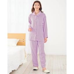 ファイテン 3重ガーゼ裏起毛パジャマ お尻まで隠れる長い丈で、腰も冷やしません。
