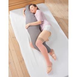 おやすみむくみとりサポーター 同色2足組 使用例 (イ)ピンク・ベージュ