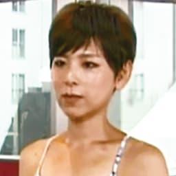 ボディリメイクYOGAスパッツ ヨガインストラクター 加藤久美子先生 「忙しい現代人は呼吸が浅くなりがちで常に緊張状態にあります。崩れた姿勢や体幹を安定させると深い呼吸を行いやすくなり、心と体が緊張状態から解きほぐされ、美しく健康的なボディに整います。」