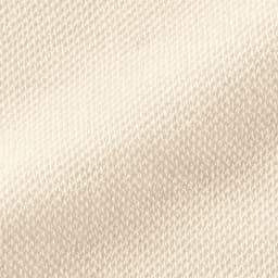 シルクのリンパサポート着圧ソックス オーバーニーソックス(おやすみ用) 肌に優しいシルク素材 シルクは、人の肌に近いたんぱく質でできていて、吸放湿性に優れた素材。