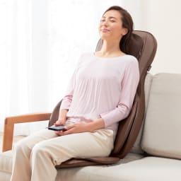 3Dメディカルシート ペルソナ ソファーに立てかけて使うことも可能