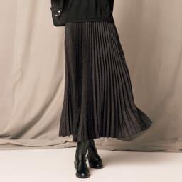 アニマルプリント プリーツ スカート 着用例