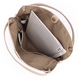 ホースレザー メッシュ バッグ A4縦サイズ収納可/ 138mm×67mmスマートフォン 内ポケット収納可