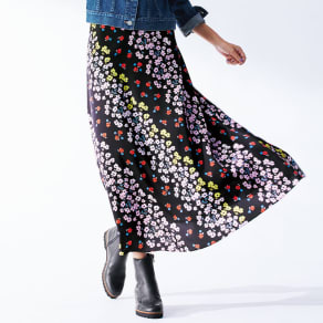 バイアス フラワーストライプ ロングスカート 写真