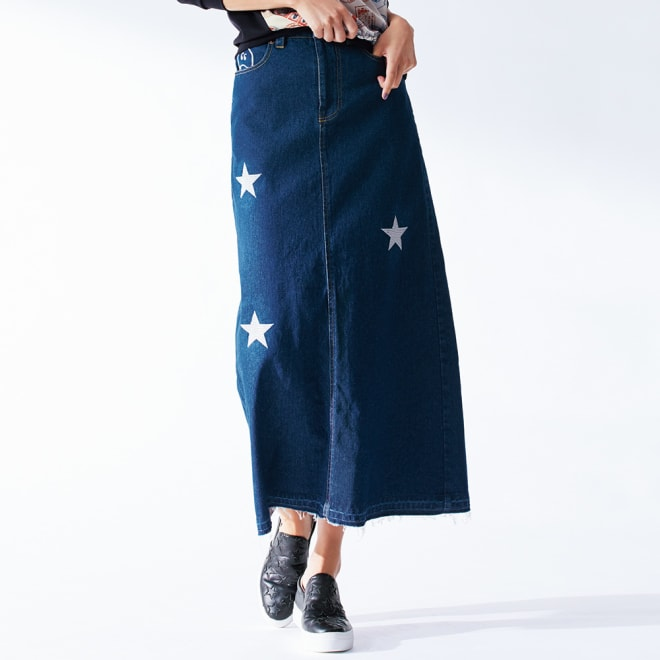 星とニコちゃん刺しゅう デニムスカート 着用例