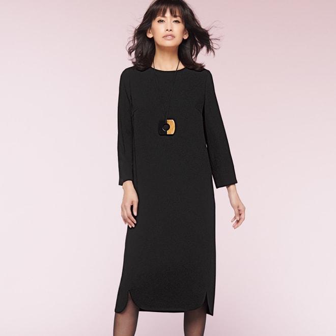 バックサテン 裾スリット ワンピース コーディネート例