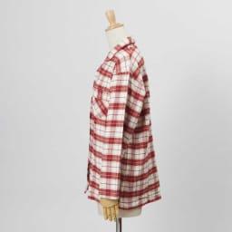 セシール 軽くてあったか中空糸パジャマ(綿100%・日本製) (イ)レッド系・・・シャツSIDE