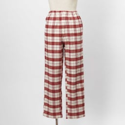 セシール 軽くてあったか中空糸パジャマ(綿100%・日本製) (イ)レッド系・・・パンツFRONT