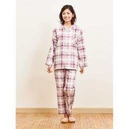 日本製 抗菌防臭チェックパジャマ(男女兼用) (ア)レッド   ※男女兼用。衿の合わせは右前になっています。