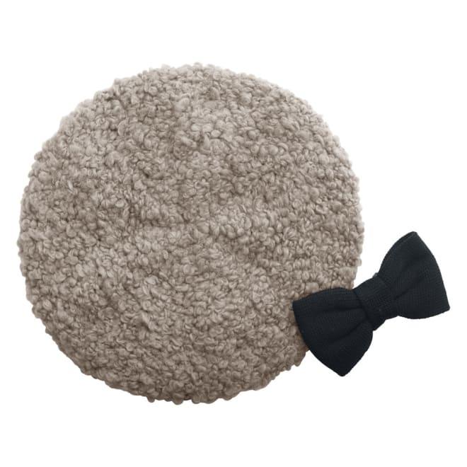 オールマイティハンサムハット アルパカ混ニット帽 2カ所の留め具で固定するだけの大ぶりのリボンが、意外な小顔印象に。