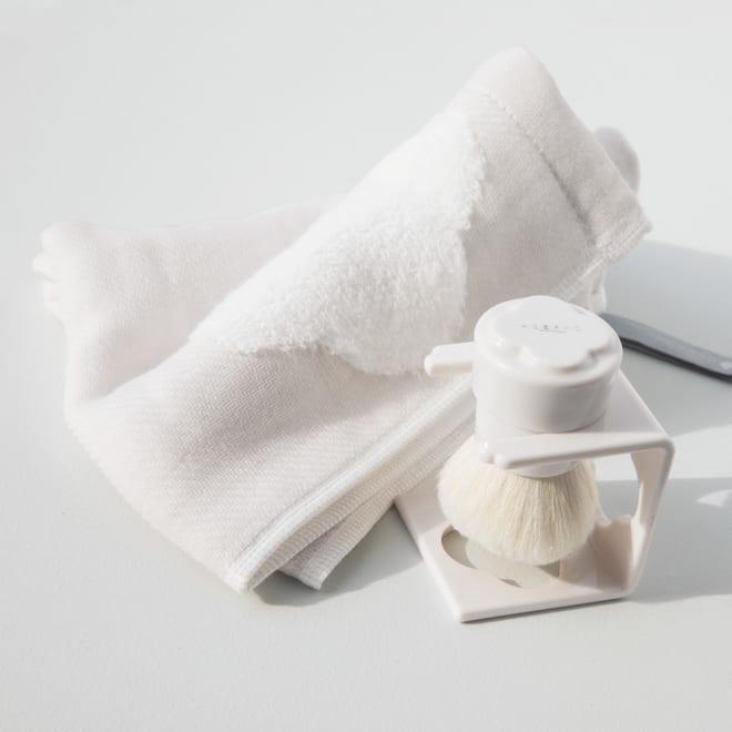 KOBAKOシリーズ シルクマッサージブラシ ※洗顔スチームタオルは別売りです。