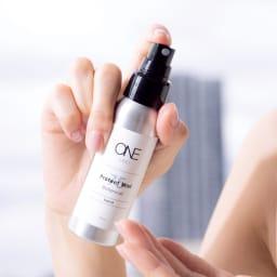 MiMC ONE/エムアイエムシー ワン プロテクトミスト ボタニカル 2本組(75ml×2) 手指にスプレーして広げます。化粧品グレードのアルコールスプレーでやさしく手指を消毒。