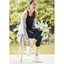 美姿勢ウェア Right Fit サイズが選べる トップスロング+ボトムスショートのセット 着用すると美姿勢モードに!「筋肉のプロ」が手がけたウェア