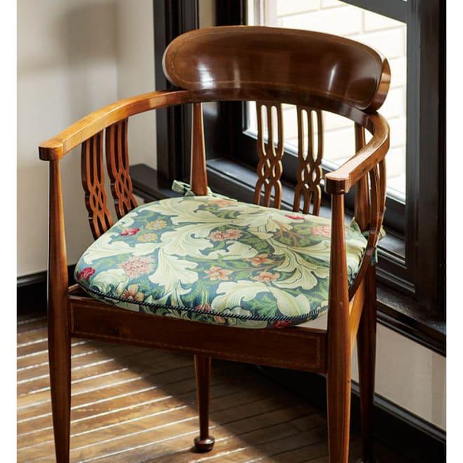 モリスデザインスタジオ ジャカード織シートクッション〈レスターアカンサス〉 (ア)ブルー系 ※タイプによりサイズが異なります。