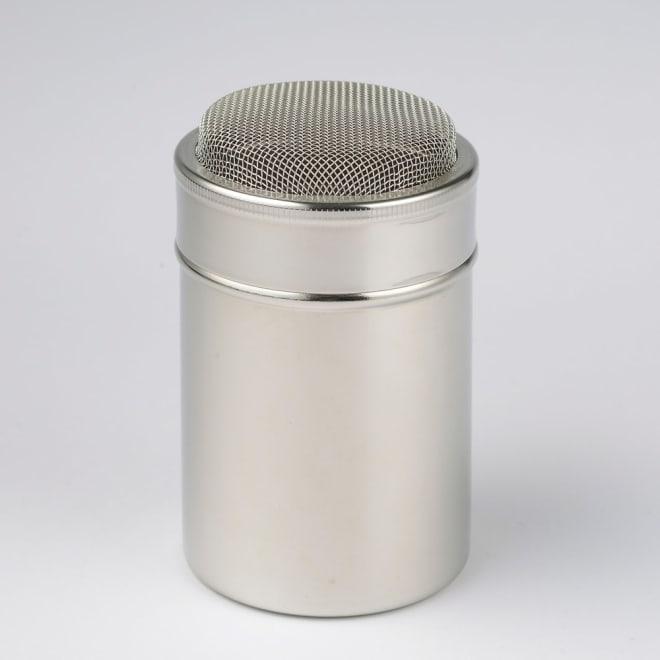 有元葉子 la base ラバーゼ  パウダー缶 上がドーム型になっているので、粉を的確に均一につけることができます。