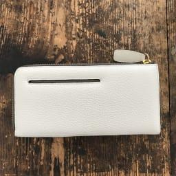 ペレボルサ 長財布/二つ折り財布 L字ファスナー長財布 (ウ)ホワイト 背面にはスリットポケット付き