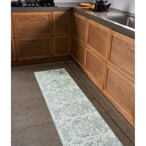 モリスデザインスタジオ 抗菌防臭キッチンマット〈ブラザーラビット〉 約50×210 写真