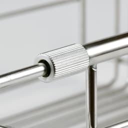 有元葉子のラバーゼ 水切り シンク内に入れて使う水切り シンクイン バスケット 特許申請のアーム部分のストッパー。これのお陰でカゴがしっかりシンクにフィット。安定して使えます。
