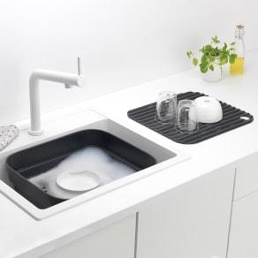 ブラバンシア ウォッシュアップボウル 洗い桶と水切りのセット(容量約8L) 写真