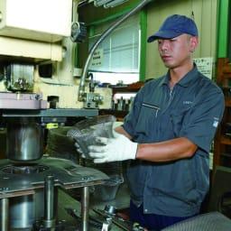 オールラウンド ボウルズ ステンレスアイテムは新潟で作られています。(ガラスボウルは中国製)