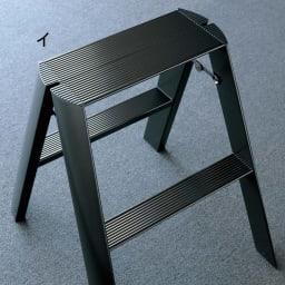 METAPHYS/メタフィス アルミステップ ルカーノ 小(2段タイプ) ブラック