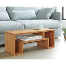 SHOJI ショージ オケージョナルテーブル 幅72高さ29cm リビングテーブル/サイドテーブル[abode(アボード)/デザイン:ウー・バホリヨディン] [コーディネート例]ナチュラル:リビングルームをミニマリストなスタイリングに。風格の漂うスモールテーブルです。