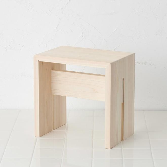 ambai(アンバイ) 風呂道具シリーズ 風呂椅子 大(ハイタイプ) 東濃檜が美しい風呂椅子が登場。こちらは立ち座りが楽なハイタイプです。