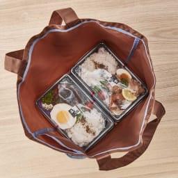 ORU tote(折るトート) しっかり底の折り畳みエコバッグ 液ダレしやすいお弁当がすっぽり水平に入る。※お弁当のサイズにより入れられる数量は異なります。底部有効内寸(約32×16.5cm)