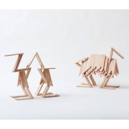 つみき(インテリアオブジェ) シンプルな三角形を積み上げていくことで、美しいオブジェが作れます。