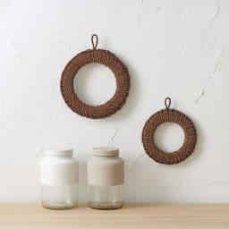 紀州棕櫚の鍋敷き 大 壁に引っかけても使えるひも付き。インテリアとして飾って置きたいほどおしゃれ!